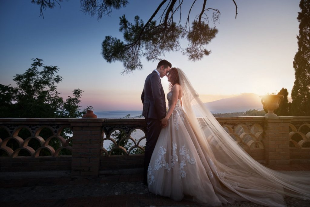destination wedding sicily photograher Fabio grasso venue Villa mon repos ceremony varo church taormina