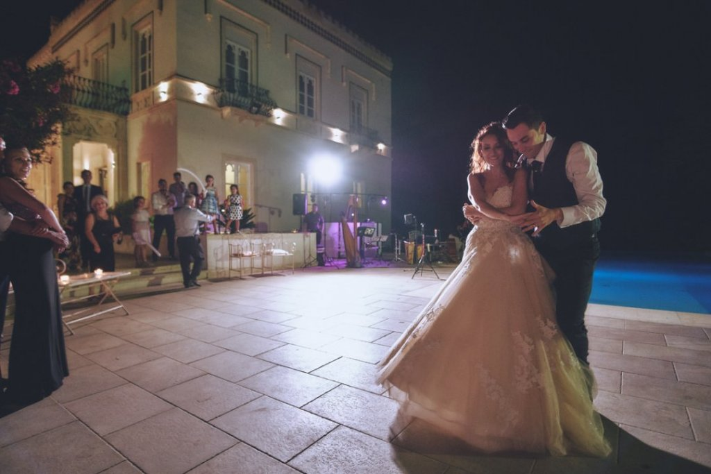 first dance sicily wedding villa mon repos
