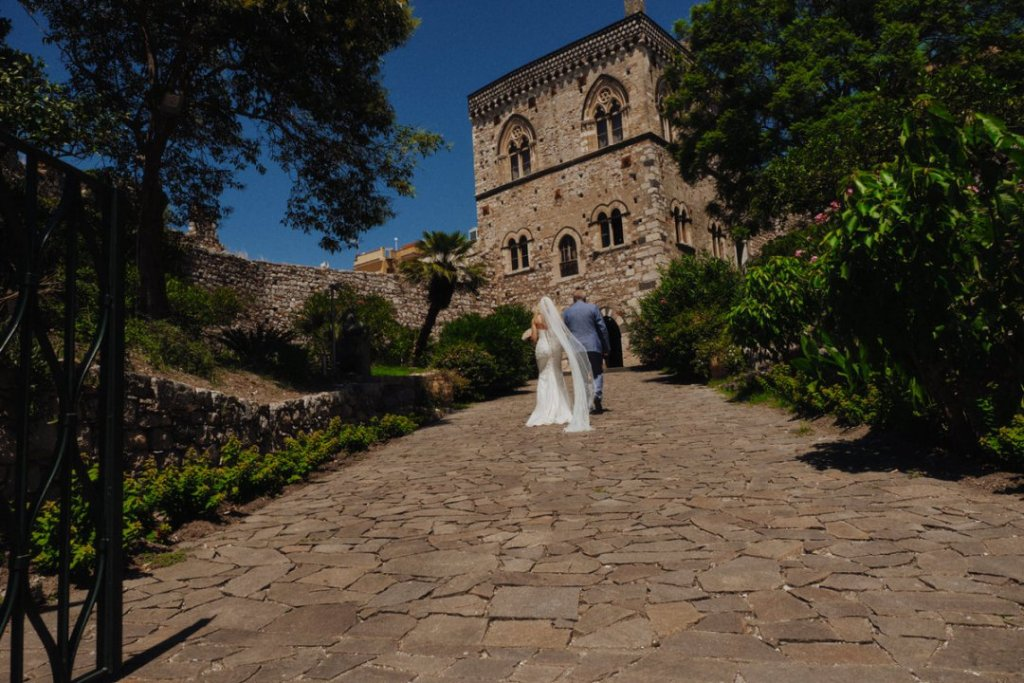 palazzo duchi di santo stefano for civil wedding ceremony in taormina