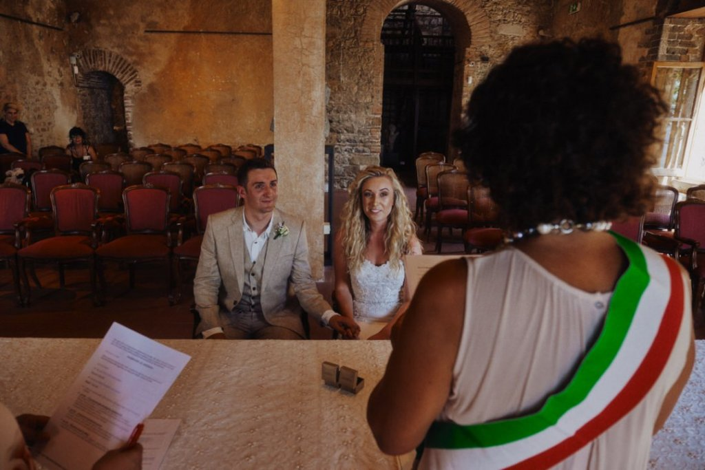 intimate ceremony in taormina wedding