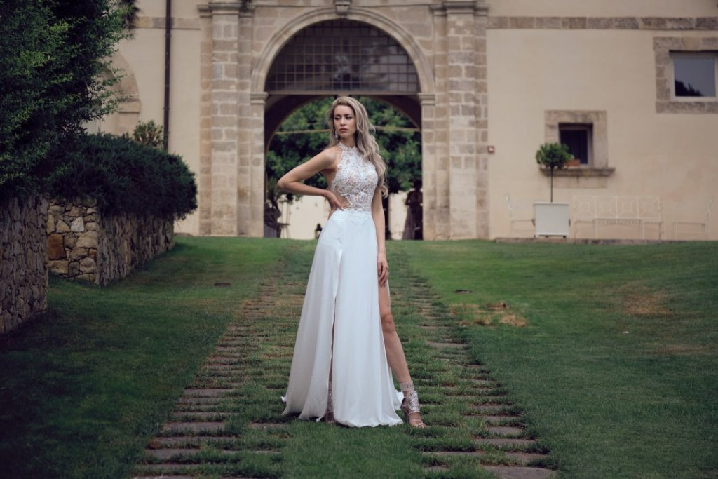 bride dress in sicily