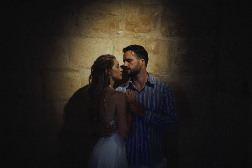 groom and bride in sicily