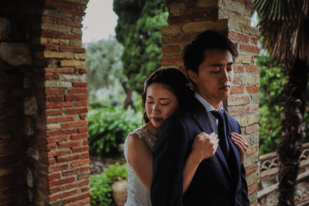 intimate wedding taormina japanese in italy